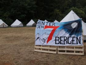 Empfang der Kinder hinter den 7 Bergen (5).JPG